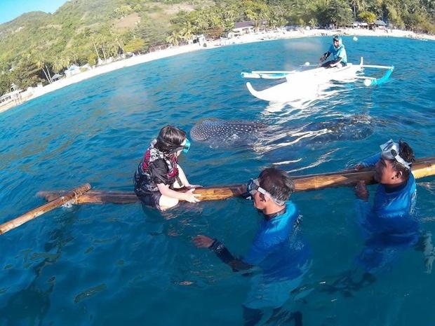 【セブ】セブシティからクルマで3時間…島南端の「オスロブ」で7才の息子とジンベイザメと一緒に泳いできたよ〜っ!